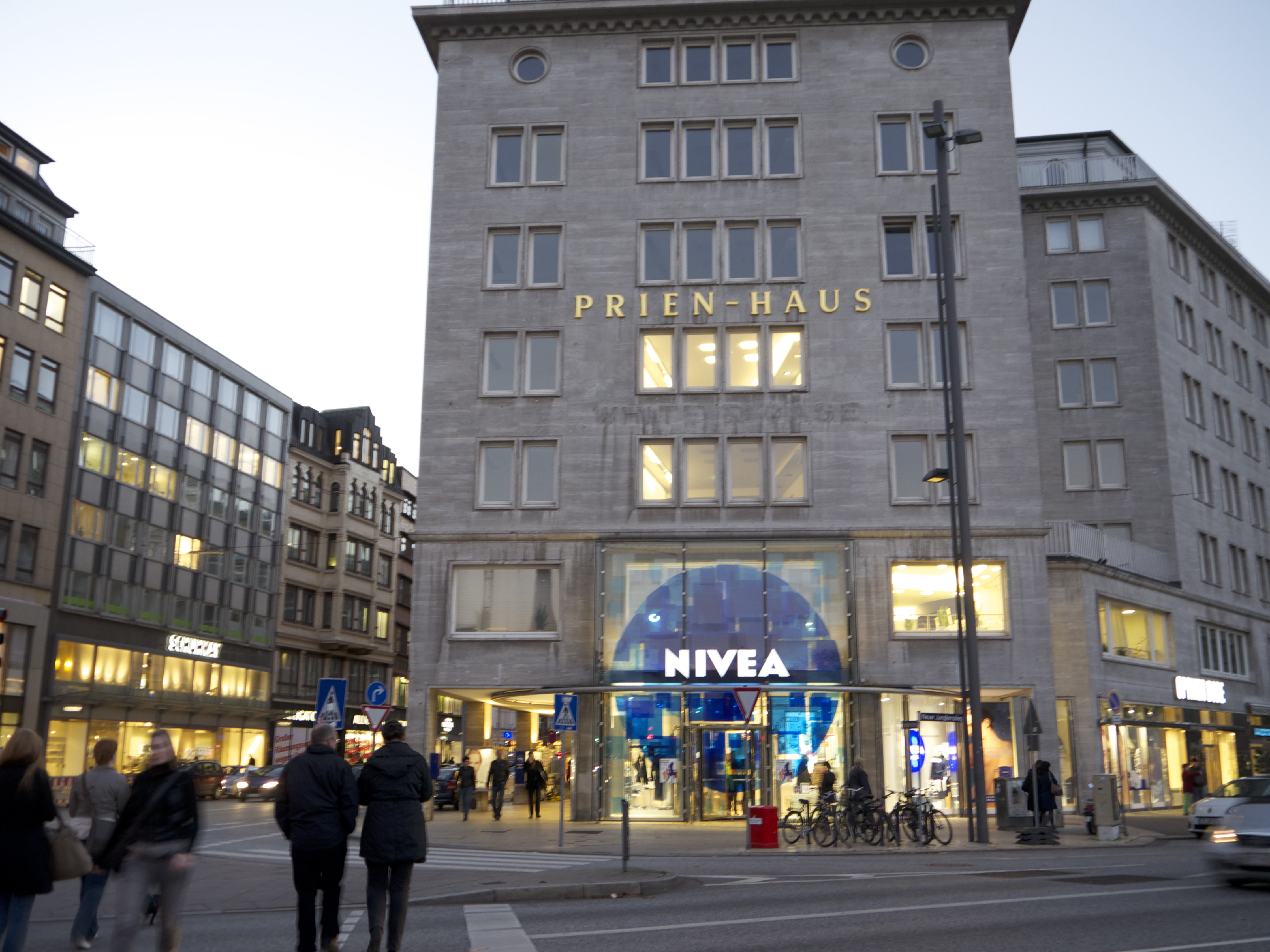 Express Entspannung Im Nivea Haus in Hamburg