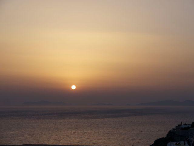 Sonnenuntergang auf Santorini in Oia