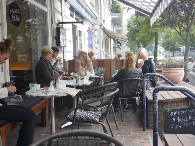 Terrasse im Café Frohlein in Hamburg Winterhude