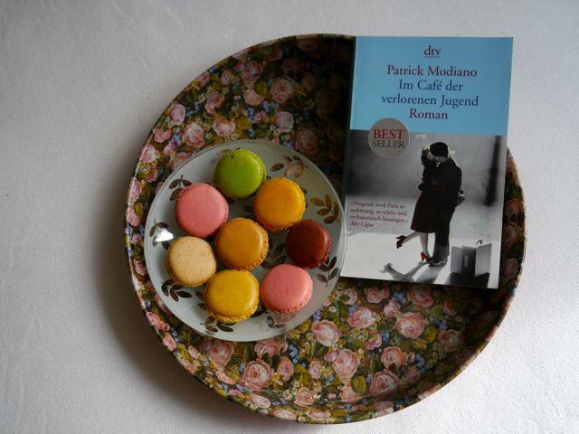 Im Café der verlorenen Jugend Buch-Tipp