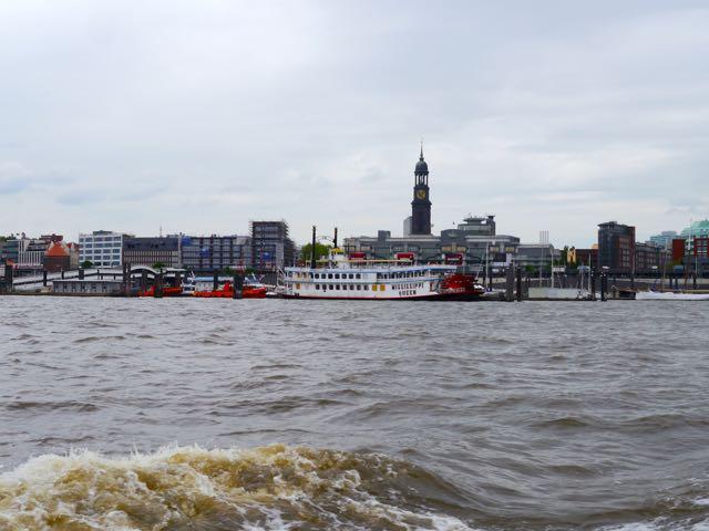 Skyline Hamburg Hafenrundfahrt