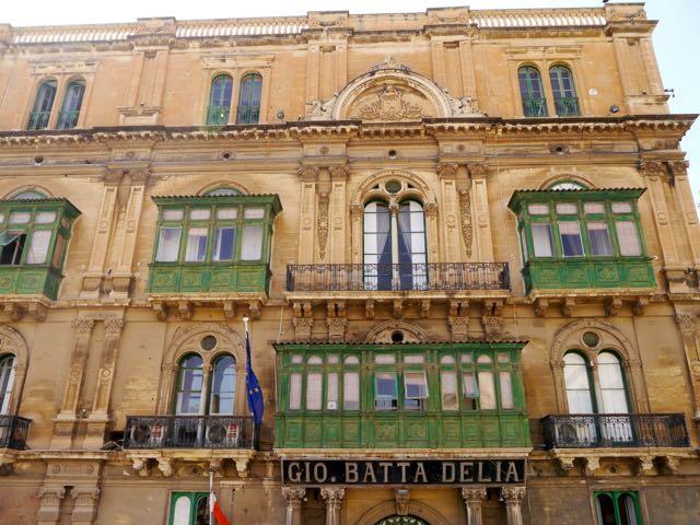 Valletta Tipps Glasbalkone1