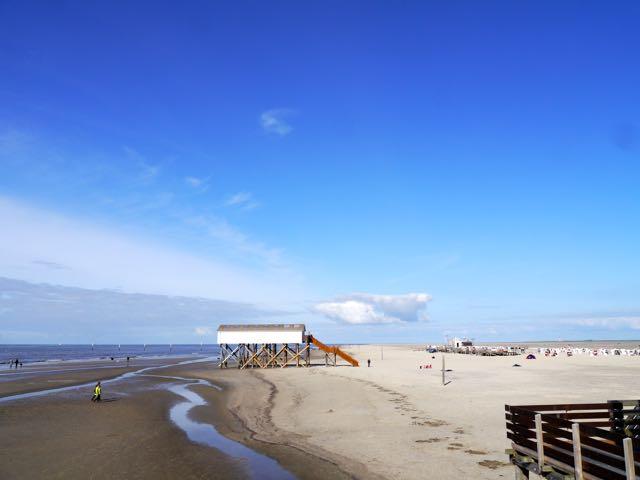 SPO Blauer Himmel am Strand